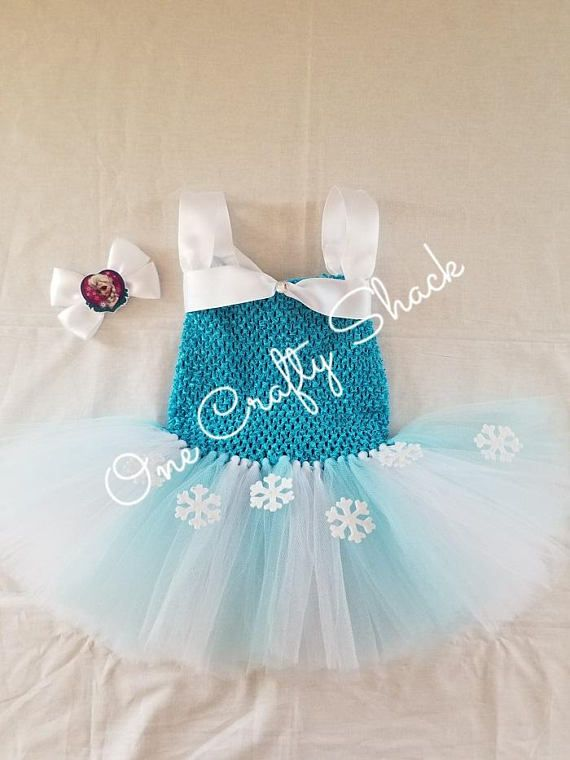Frozen Tutu-Snowflake tutu Olaf Tutu-Frozen Elsa Dress #frozenparty #frozen #frozenelsa #partywear #party #toddler #etsy #etsyseller #etsyshop #disneyfrozen #tutudress #tutu