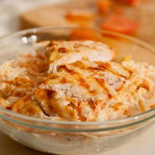 Salata de telina si morcov cu pui este o salata foarte gustoasa, dar si foarte sanatoasa. Iata cum sa o prepari!