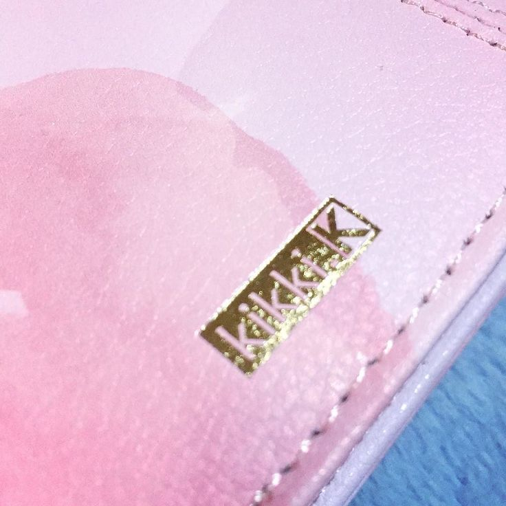 Look what came home with me yesterday! Yes it's the new Lavender Thrive Planner from Kikki K.
