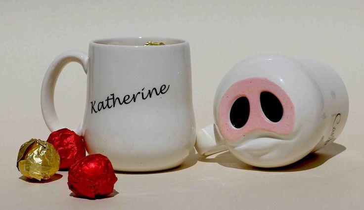 Obséquiale a un amigo, este 11 de Marzo #diadelosamigos MUG CERDITO Haz tu pedido en  www.redchocolate.net