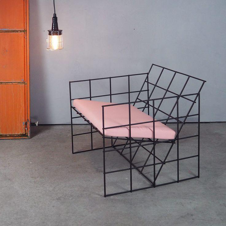 Aktuell mein Lieblingsstück: Ein Stuhl, aus Baustahl gefertigt.  #stuhl #sessel #chair #stuhldesign #baustahl #gitterstuhl #homedesign #produktdesign #interiordesign #industriedesign #hamburg #minimalism