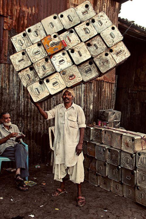 Mumbai, India: Transporting goods. Photo by Henny Boogert, November 2011