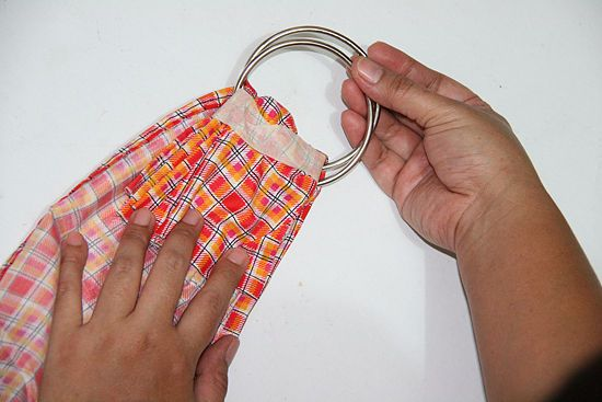 How to Make a Baby Sling: 12 steps (with pictures) - wikiHow (ring and pouch slings)