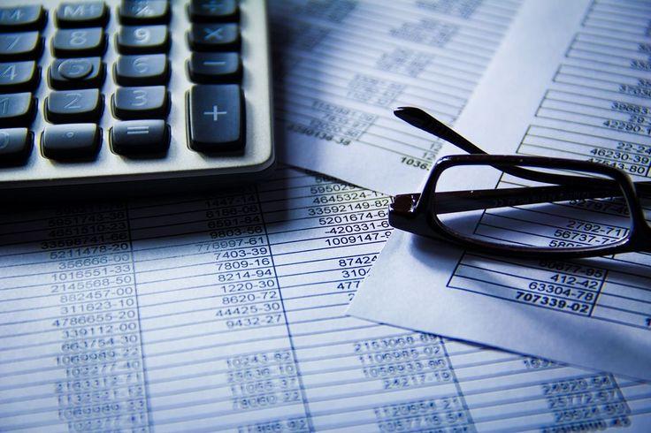 3 Tipps für die bessere Buchhaltung - Jeder Unternehmer sollte sich wenigstens einmal im Monat Zeit für die Buchhaltung nehmen, die Unterlagen durcharbeiten und gegebenenfalls weitergeben.  #Buchführung, #Buchhaltung, #Tipps