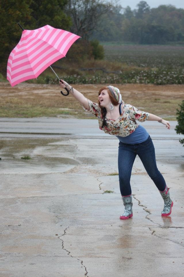 Cute Umbrella Pose To Capture Life Pinterest Senior Photos