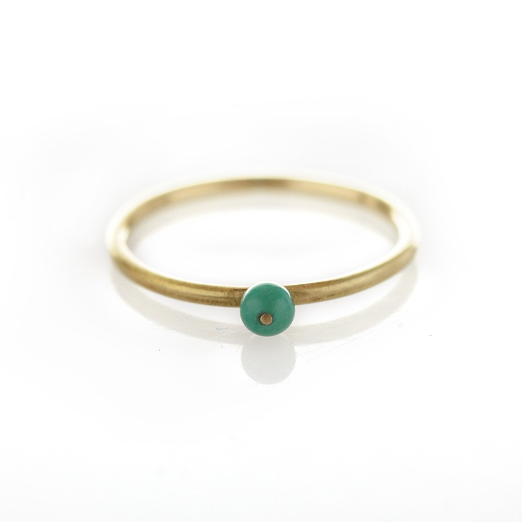 Dear Rae Jewellery | Turquoise brass ring. A brass ring with centered Turquoise stone.