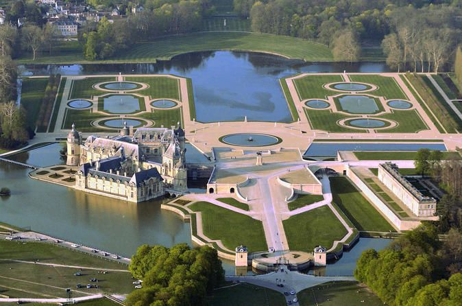Private transfer from Paris to Chantilly or Chateau de Montvillargenne  Book your transfer from any Paris hotel or apartment to Chantilly or Montvillargenne, famous for their castles. High-quality service with a professional driver who will meet you at the lobby of your hotel, or outside the location at which you are staying, with a name plate.Do not waste your time on public transportation or driving in traffic jams. Book a private transfer from any place in Paris, be it your...