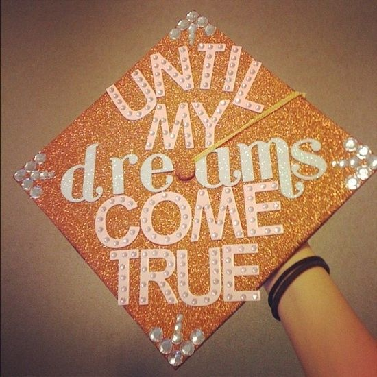 28 Creative Graduation Caps... Someday this baby of mine will graduate and this mommy will make it special! :)