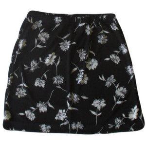 Black Floral Mini Skirt / 1990s Grunge / Summer Goth