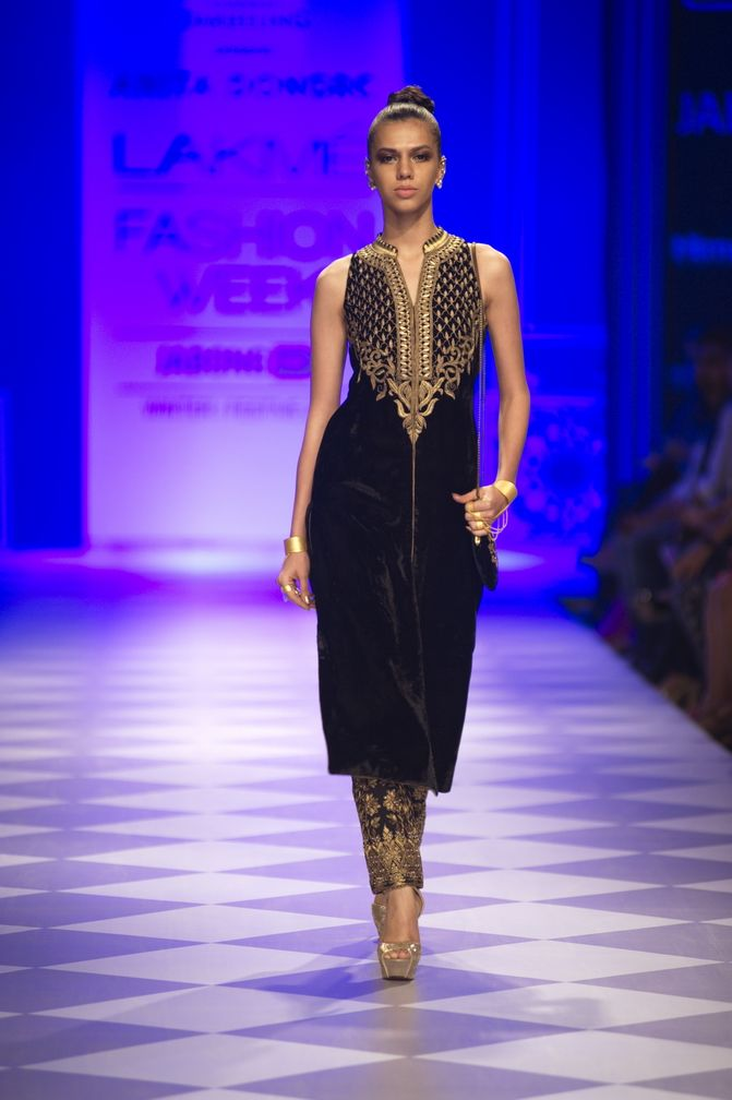 Another Velvet Suit..Anita Dongre Fall/Winter 2014-15. You can never have enough black
