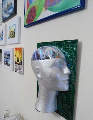 upcycling, δημιουργική ανακύκλωση, Εύαγγελος Γκόλγαρης, ηλεκτρονικά εξαρτήματα, κατασκευές