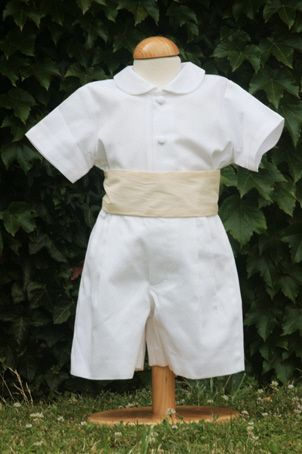 Luxury made to order page boy garments for boys, toddlers and occasion wear for baby boys. Little Eglantine