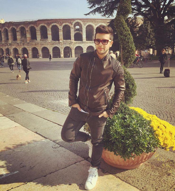 Repost barone_piero  Buongiorno... another shooting day in Verona!!!  @armani @alessandro_pera @angelo_bonsignore @micheletacchella for my New #EA7 sneakers  #FilippoFanini style by @fede_stylist