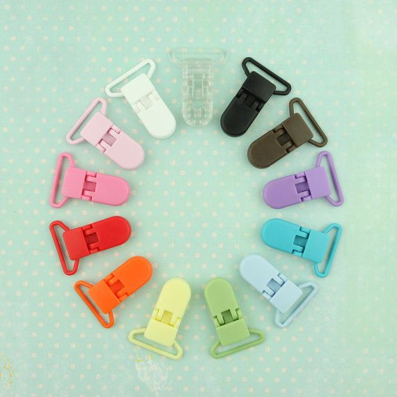50 Plastic Pacifier Clips in 13 great colors by GotLuxSnaps on Etsy, $16.00