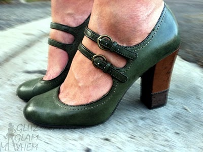 Green Mary Janes!Green Mary, Fashion, 30S Shoes, Closets, Adorable Shoes, Mary Janes, Shoes Profile, Heels, Librarians Style