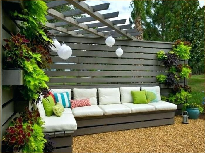 13 Cool Sichtschutz Garten Ideen In 2020 Sichtschutz Garten Rustikale Pergola Gartengestaltung Bilder