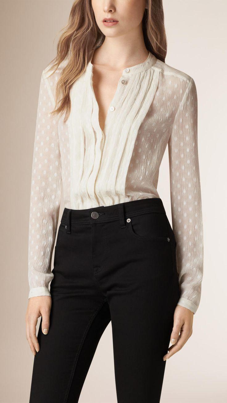 Chemise en soie mélangée à plis et à pois | Burberry                                                                                                                                                      Plus