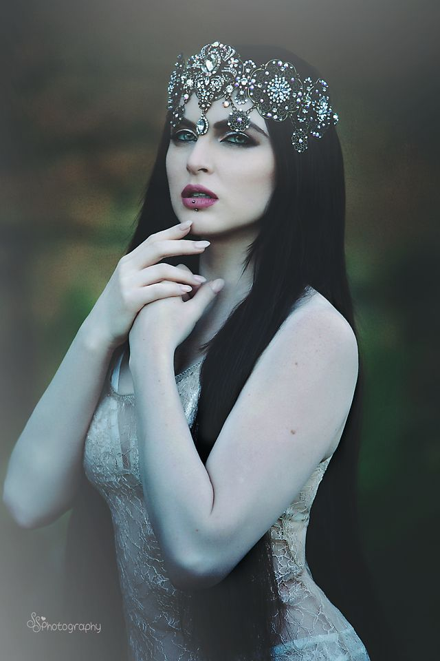 Photographer: SS Photography Model: Miss Carissa White H/MUA: Andy Calero Professional Hairstylist and Makeup Artist Head Crown: Nigel Nigel Welcome to Gothic and Amazing  www.gothicandamazing.org