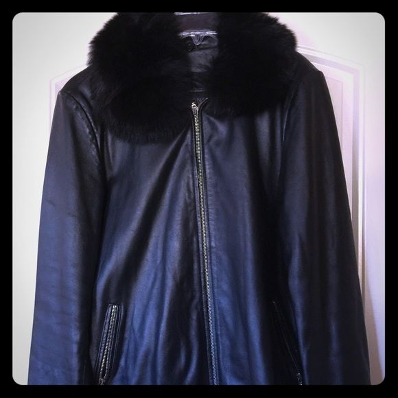Women's black leather jacket. Women's black leather jacket with detachable faux fur collar. Wilsons Leather size Large. Lightweight jacket for mild cold weather. No trades. Wilsons Leather Jackets & Coats Pea Coats
