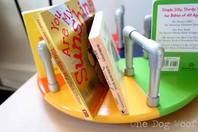 Merry-go-round Bookshelf @ www.1dogwoof.com: Bookshelves, Lazy Susan, Girl, Diy Crafts, Merry Go Round Bookshelf, Craft Ideas, Kid