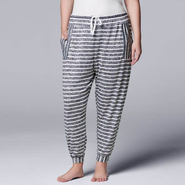 Plus Size Simply Vera Vera Wang Waking Hours Cropped Pant (100 ILS) ❤ liked on Polyvore featuring plus size women's fashion, plus size clothing, plus size pants, plus size capris, blue, plus size, cropped capri pants, plus size capri pants, drawstring capris and blue capri