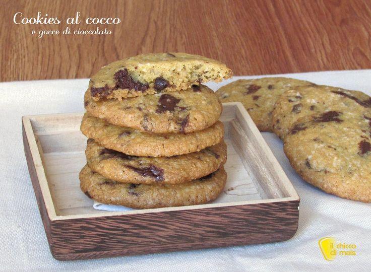 Cookies+al+cocco+e+gocce+di+cioccolato