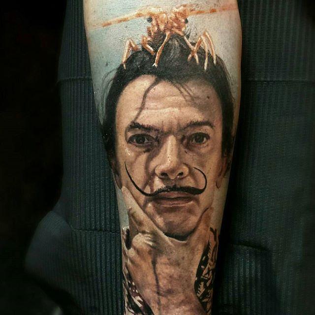 By @alexisepalza  #dali #salvadordali #surrealism  #tattoo #tattoos #tat #ink #inked #darkart #tattooartist #tattooed #tattoist #evilart #newtattoo #art #artoftheday #sleevetattoo #master #photooftheday #tatted #tatouage #bodyart #beautiful #tatuaggio #tatuagem #tatuaje #amazingink #tattedup #inkedup