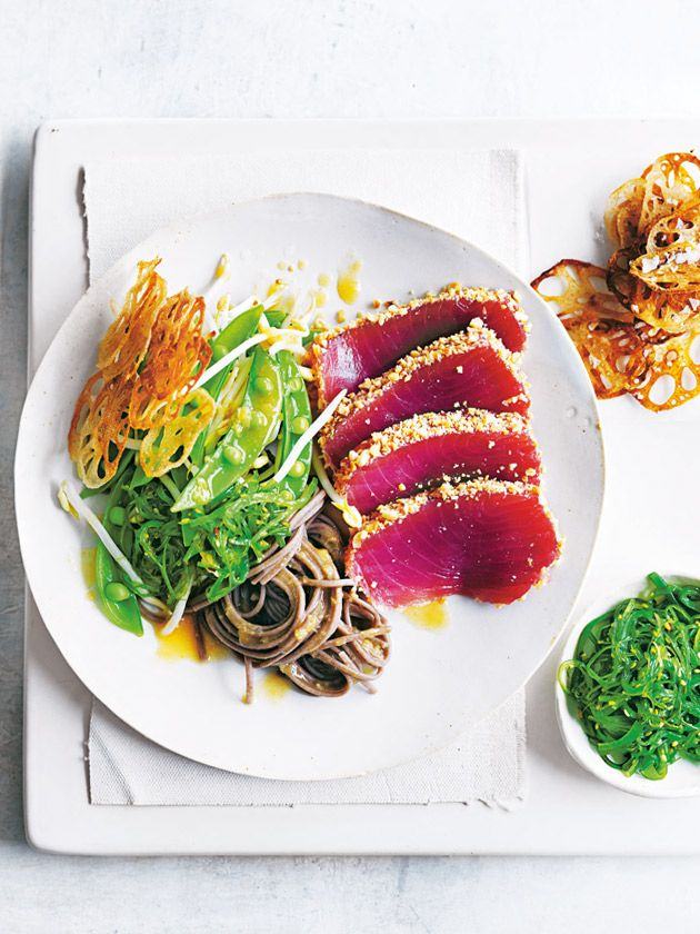 tuna and soba noodle wakame salad with lotus root chips from donna hay fresh + light