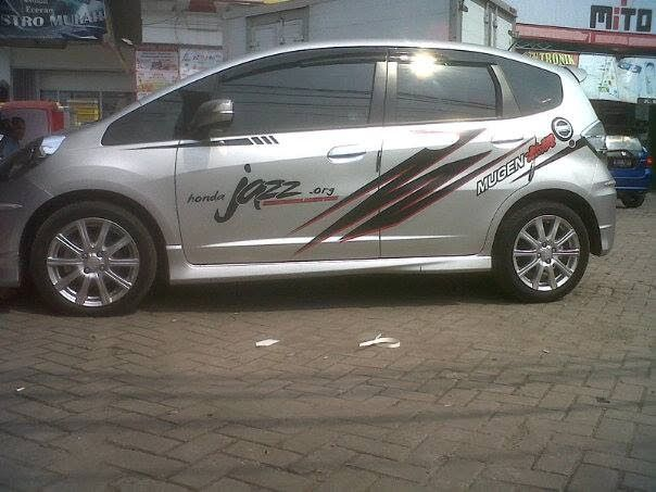 Barel Indo Designer: Honda Jazz Silver Cutting Sticker