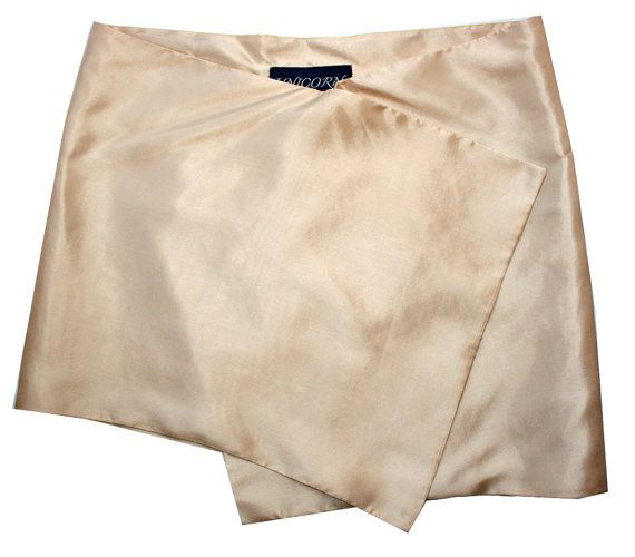 Sand silk Sarong by TheGardenOfUnicorn on Etsy, €30.00