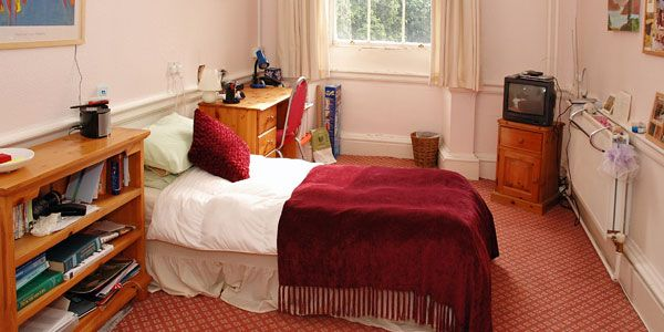 Bristol University | Accommodation Office | Clifton Hill House - Catered / ensuite