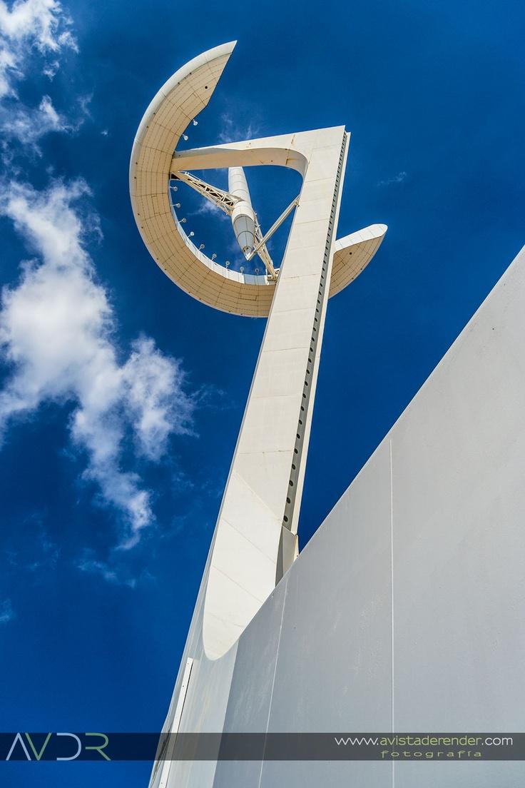 torre de en luanella olmpica de montjuc barcelona arquitecto