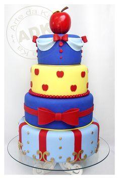 Bolos decorados da Branca de Neve - http://www.boloaniversario.com/bolos-decorados-da-branca-neve/