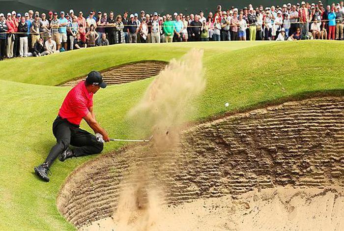 Les bunkers peuvent être un cauchemar pour les Golfeurs. Voici donc quelques astuces pour bien appréhender le bunker court ;) (Cliquez sur le lien pour en savoir +) #golf #bunker #training #practice #swing
