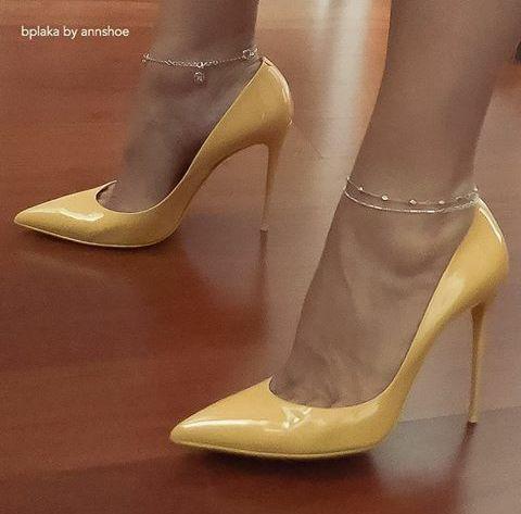 Sandals are sexy #highheelslegs