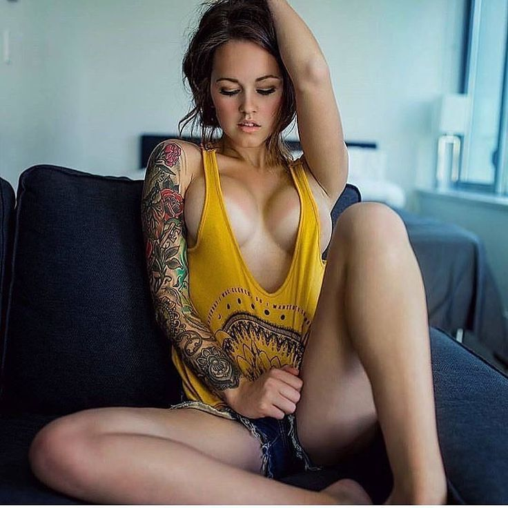 "2,789 Likes, 17 Comments - Tattooed Girls  (@tattooed_girls__) on Instagram: ""Hot pic of @blynnrankin  she's gorgeous isn't she?! Follow @tattooed_girls__ """