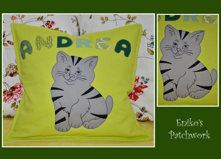 Whiskas cat-pillow
