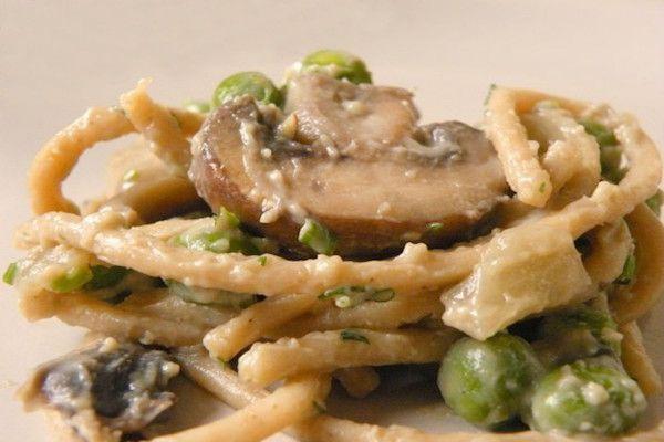 Fettuccine in salsa di funghi champignon