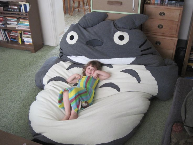 DIY Totoro Bed by Chaos to Art: Ultimate cuddling! #Totoro_BedChaos, Sleep Bags, Sleeping Bags, Totoro Beds, Art, Ultimate Cuddling, Kids, Beans Bags Chairs, Diy Totoro