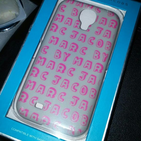 Marc Jacobs s4 cover Plastic  Used a few days and switched phones Marc Jacobs Accessories