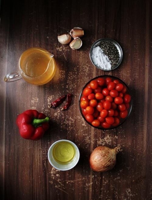 tomato roasted soup: Food Style, Food Glorious, Style Ideas Piecess, Food Porn, Roasted Tomatoes Soups, Tomatoes Roasted, Food Photography, Mozarella Pesto Wontons, Food Art