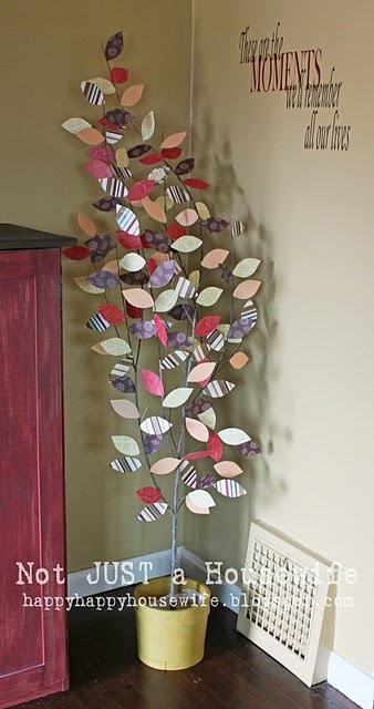 DIY Fall Tree - I love this, but where the heck would I store it when fall is over