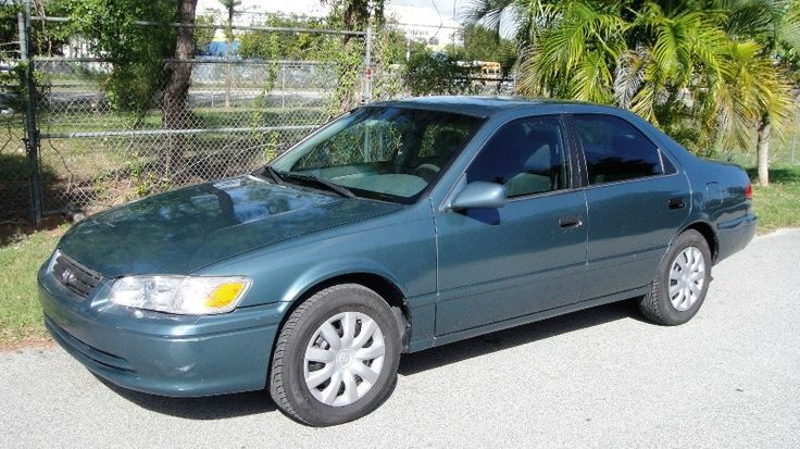 2001 Toyota Camry $3899 http://www.idriveautosales.com/inventory/view/9601111