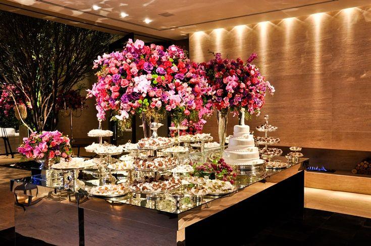 SITE: INESQUECÍVEL CASAMENTO - Mesa de doces para casamento