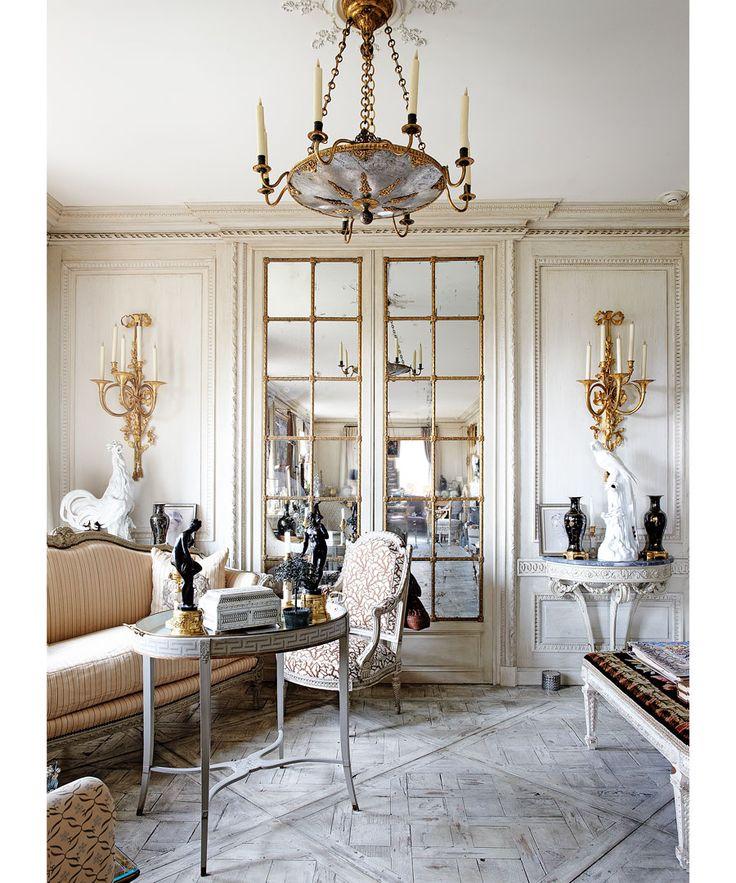 Howard Slatkin's Living Room via DuJour Magazine. Photo by Kyoko Hamada
