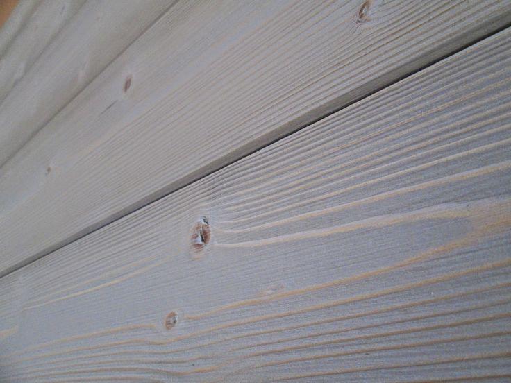 Parlando di legno perline in abete decapato grigio for Rivestimento perline legno bianco