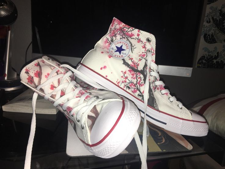 Super stoked on my new, cherry blossom converse!! …