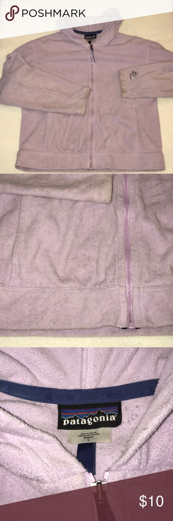 🎉SALE🎉Patagonia Hoodie Used/ worn condition. Price reflects the stains. Patagonia Sweaters