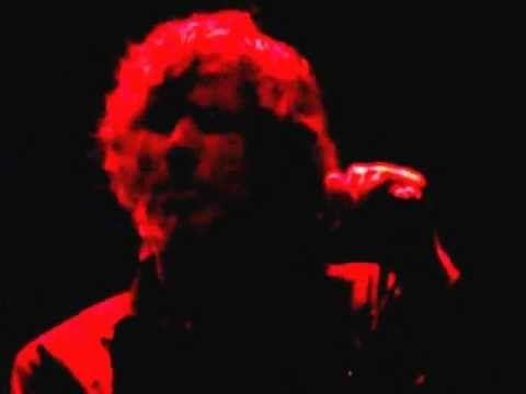 ▶ Mark Lanegan Brussels 18-11-2012 devil in my mind (Smoke Fairies cover) - YouTube
