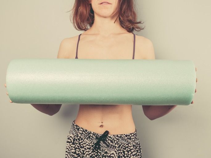 6 Moves You Can Do With A Foam Roller (Besides Stretching!) | Bustle